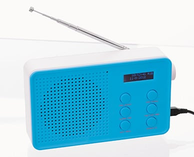 mit bluetooth dab radio bei aldi s d f r unter 30 euro news. Black Bedroom Furniture Sets. Home Design Ideas